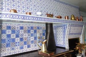 Monet Kitchen Stove